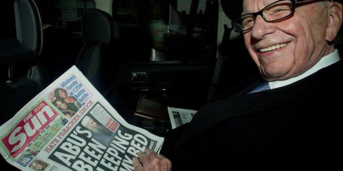 Rupert Murdoch liest die Sun