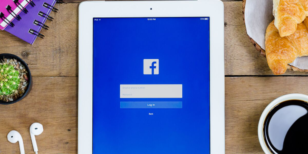 Facebook Tablet
