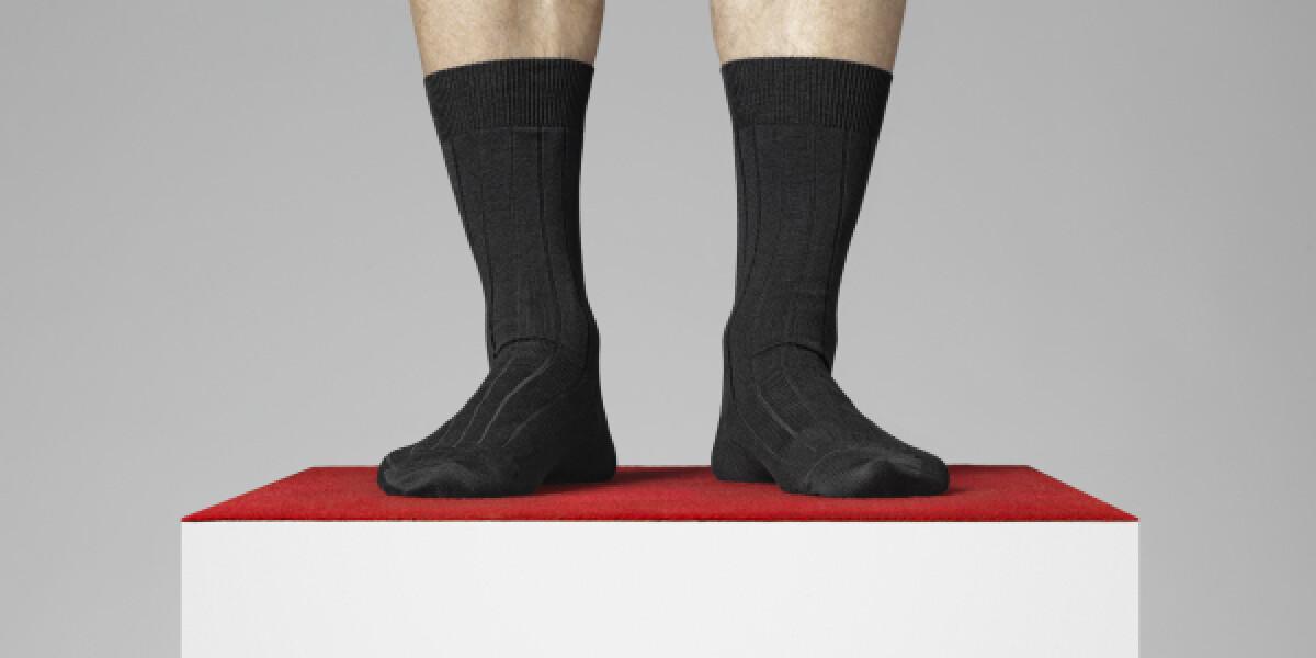 Socken-auf-Podest