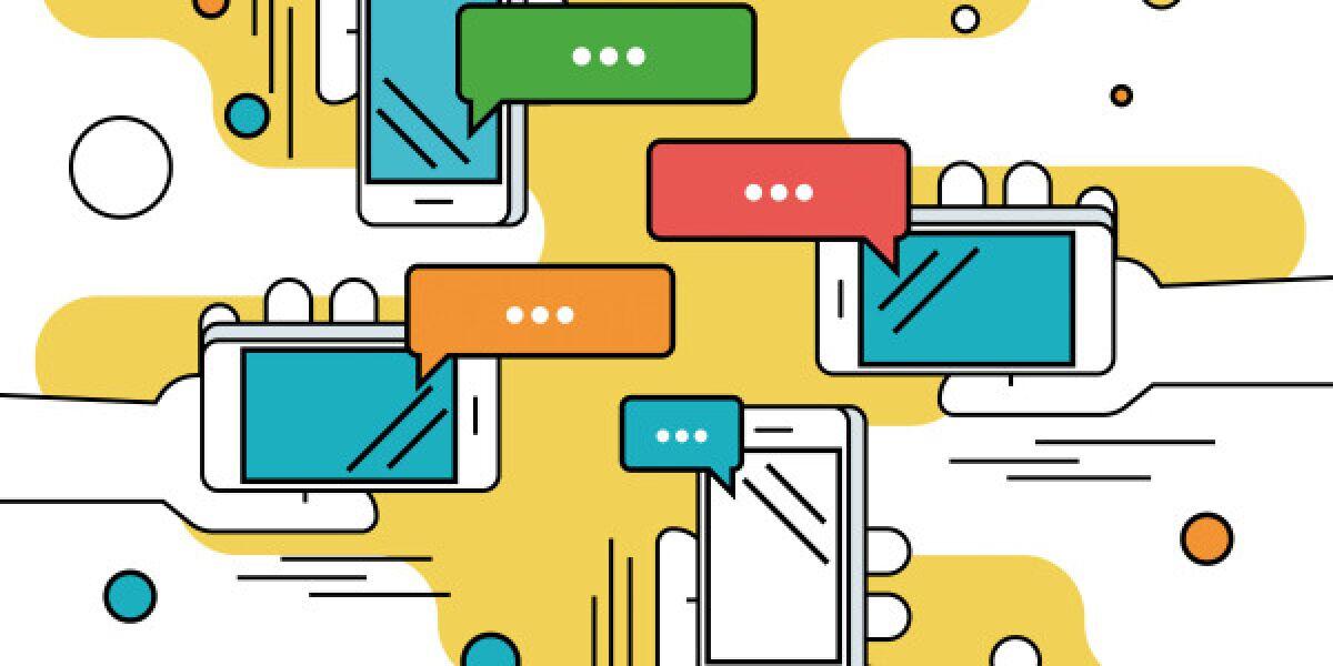 Smartphone mit Messenger-Sprechblasen