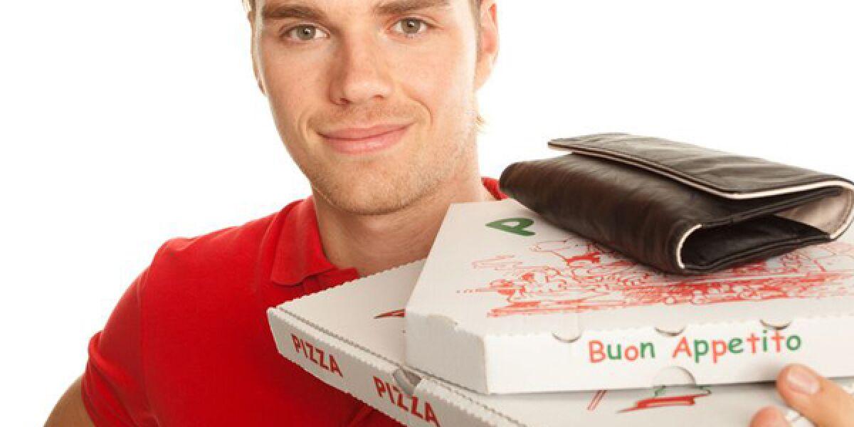 Bote bringt Pizza