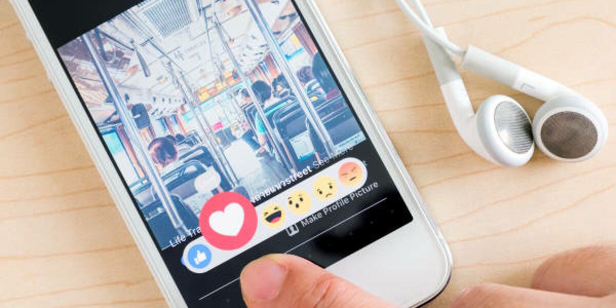 Facebook Herz-Emoticon für ein Video