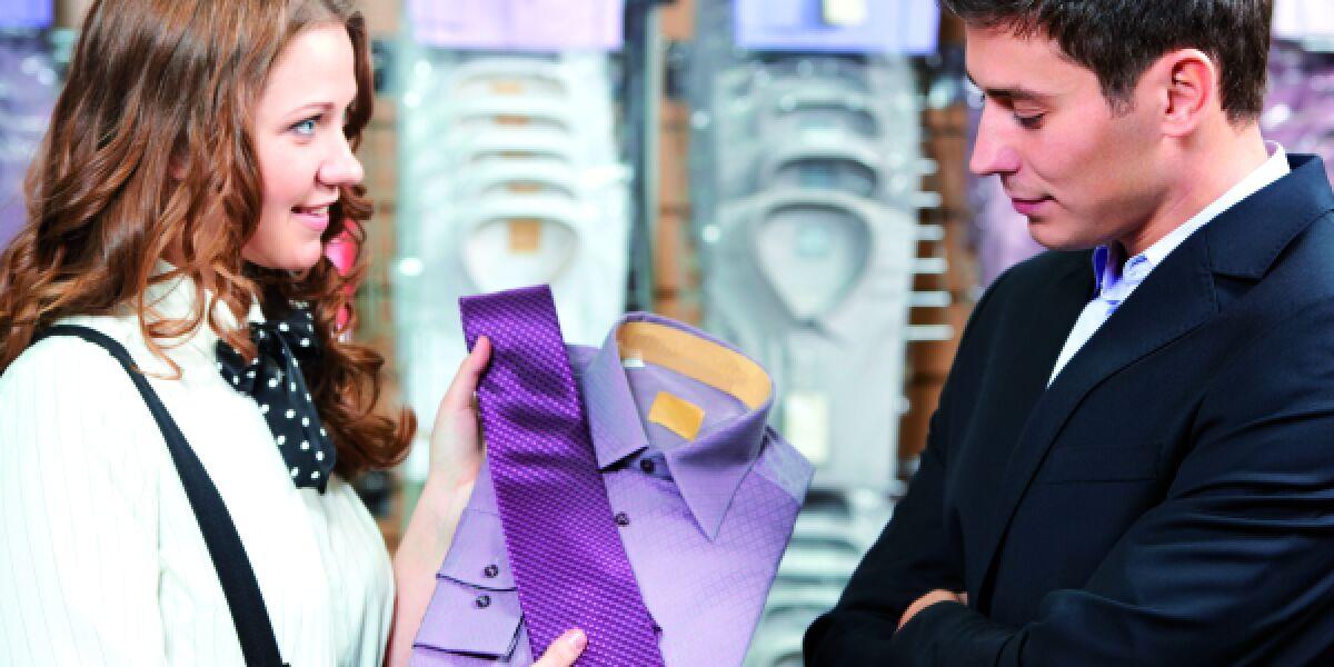 Curated Shopping Kaufberatung betreutes Einkaufen Verkäuferin Kunde Beratung
