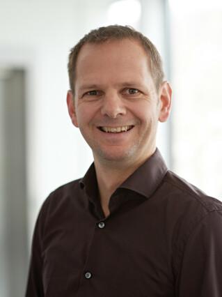 Joachim Schneidmadl Virtual Minds