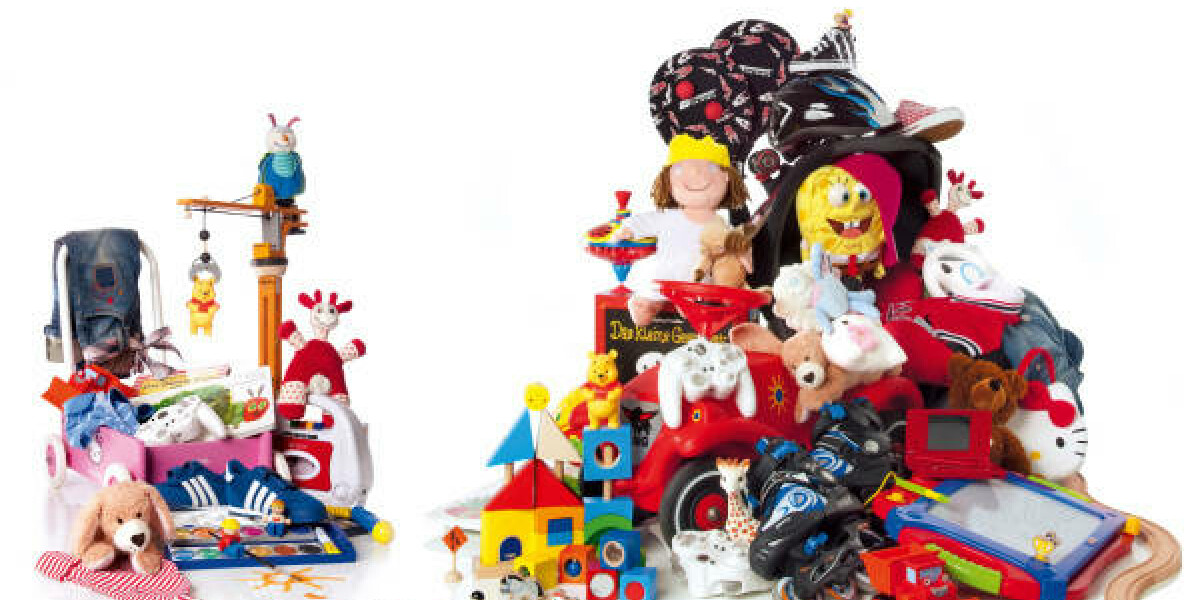 Kinderspielzeug Eisenbahn Puppen Bauklötze