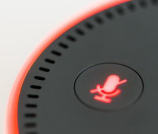 Amazons-Alexa-mit-deaktiviertem-Mikrofon