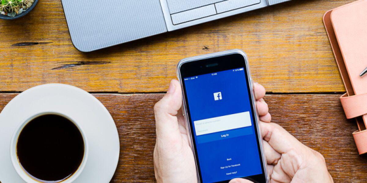 Facebook auf dem Smartphone