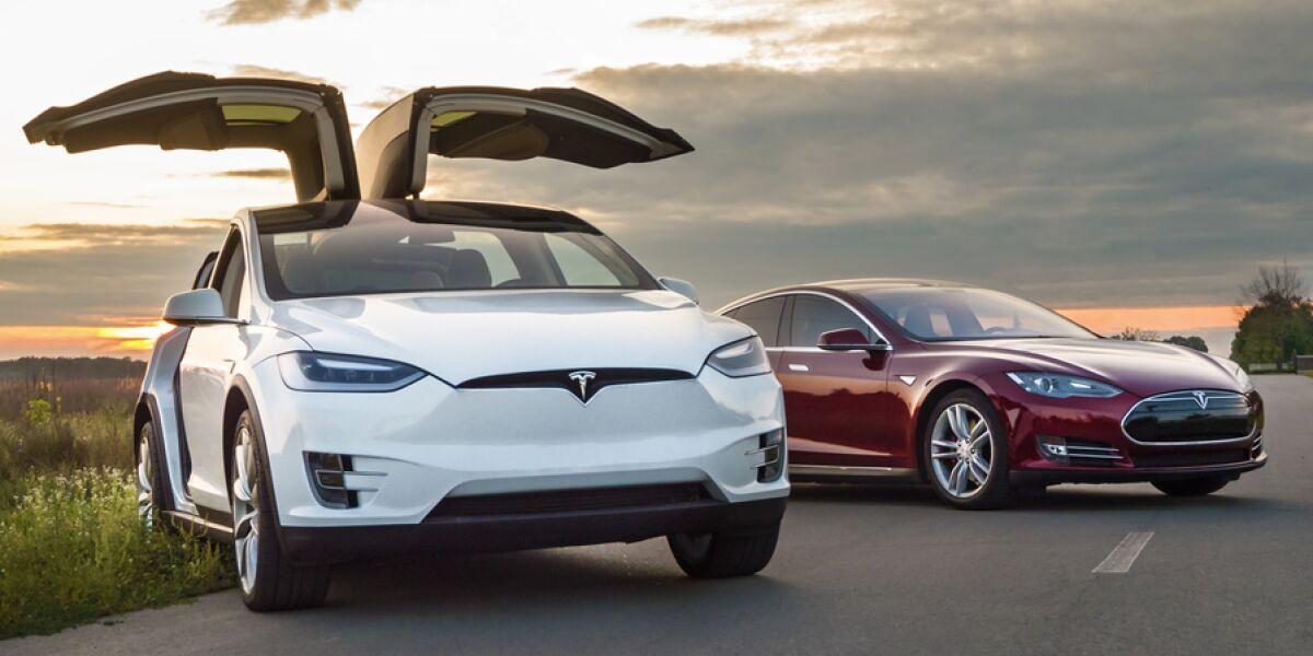 Tesla Autos
