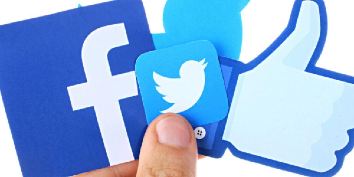 Facebook und Twitter Logos