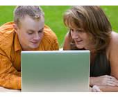 Studie zur Akzeptanz von In-Text-Werbung (Foto: Fotolia.com/Ramona Heim)