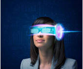 Frau mit Virtual Reality Brille