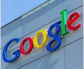 Google Loga an einer Hauswand