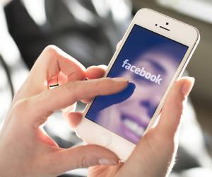 Facebook testet Integration von SMS im Messenger