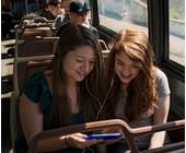 Zwei Frauen im Bus