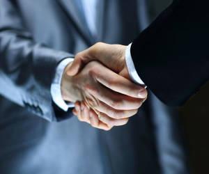 Ceconomy beteiligt sich mit 452 Millionen Euro an Fnac Darty