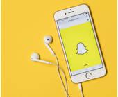 Handy mit Snapchat-App