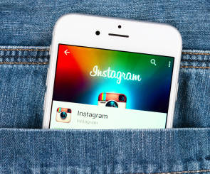 Instagram-App in Hosentasche