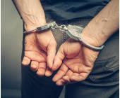 Festgenommen