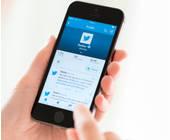 Smartphone Twitter Hände