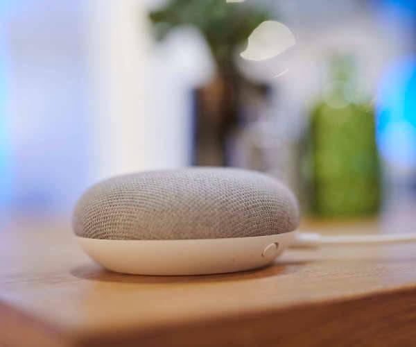 google deaktiviert touch ausl ser bei neuem vernetzten lautsprecher. Black Bedroom Furniture Sets. Home Design Ideas