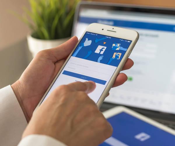 Facebook-Chef Zuckerberg spricht sich für schärfere Regulierung aus